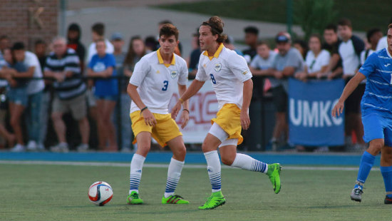 Photo By: UMKC Athletics/MSH Photography