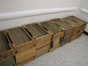 Disc stampers in crates